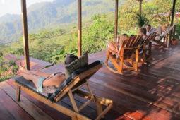 deck_view_relax_rockingchair_casas_viejas_minca